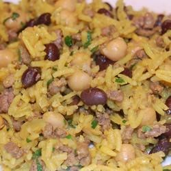 Middle Eastern Rice with Black Beans and Chickpeas Photos - Allrecipes ...
