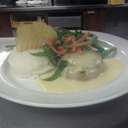 Crab Cake with Garlic Mashed Potatoes and Marjoram Green Beans