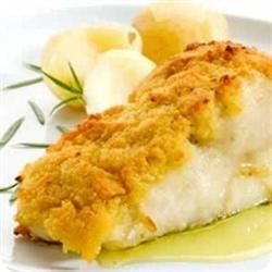 Broiled Sesame Cod Recipe - A main dish in 15 minutes? With this simple delicious cod recipe, you only need 15 minutes and six ingredients. Cod fillets are sprinkled with tarragon and sesame seeds, and broiled until the fish flakes.