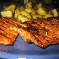 Balsamic and Rosemary Grilled Salmon Recipe - This is a quick and easy way to grill salmon.  It's wonderful served with baked asparagus with balsamic butter sauce and boiled new potatoes!