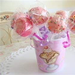 Cake balls in lollipop form,