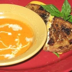 Roasted Tomatoe Soup and Grilled Cheese