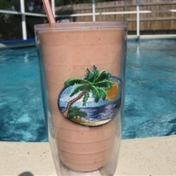 Vodka Smoothie Recipe - Great fruity smoothie with just enough vodka to make you smile. Tastes great.