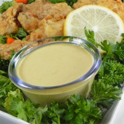 Yummy Honey Mustard Dipping Sauce Recipe - This is an awesome blend of mustard with a wonderful hint of honey.