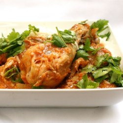Chicken Vindaloo Recipe - This spicy potato and chicken dish can be adapted to use any meat you wish.