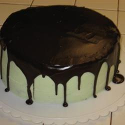 Mint Buttercream Frosting With Dark Chocolate Glaze