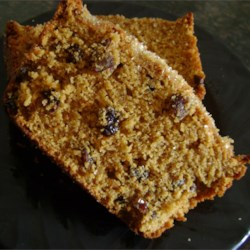 Raisin Loaf Recipe - This sweet quick bread uses both light and dark raisins.  You could vary the flavors by substituting dried cherries or other dried fruits for some of the raisins.