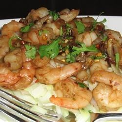Spicy Garlic and Pepper Shrimp Recipe - Spicy Thai style shrimp. Chicken, pork, beef, calamari, scallops, or tofu can easily be substituted for shrimp. This makes for a wonderful supper.