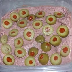 Braunschweiger Spread Recipe - This makes a great snack or appetizer anytime. Serve with your favorite crackers.
