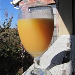 Rise 'n Shine Juice Recipe - Also known as the Mimosa, this brunch classic is a bubbly way to wake up orange juice.