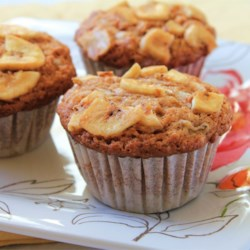 Banana Muffins with a Crunch Recipe - This is a banana muffin with a crunch, with walnuts, granola, and coconut. Very tasty!