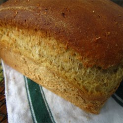 Honey Buttermilk Oatbread Recipe - A delicious and hearty oatmeal bread. This is especially good when it is hot and fresh, just plain--and really great with a little butter and honey. This recipe is the end result of trial, error and continuous tweaking.