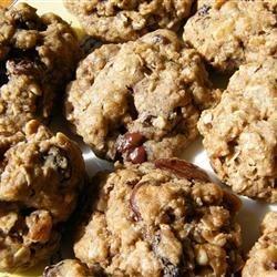 Stuffed Oatmeal Cookies