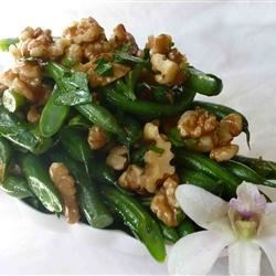 Green Beans With Walnuts Recipe - Super yummy dish that can be prepared in advance, and tossed with hot oil just before the dinner is served.