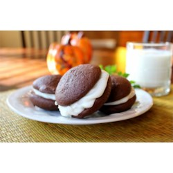 Whoopie Pies II Recipe - This recipe makes cake-like cookies with a marshmallow filling.