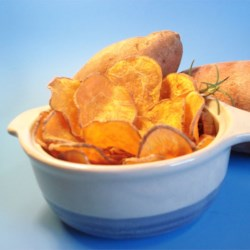 Cinnamon Sweet Potato Chips Recipe - These chips use sweet potatoes and are baked, as opposed to fried.  Delicious as a  side item for sandwiches or simply as a snack.
