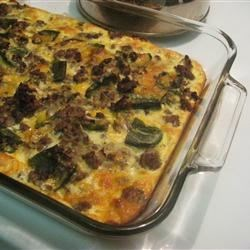 Chile Relleno Casserole Recipe - This is a Mexican-style casserole made with hamburger and green chile peppers. It produces a much simpler version of chile rellenos, which are simply stuffed chile peppers.