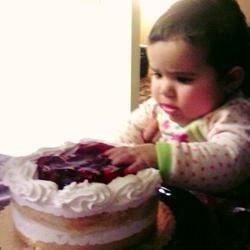 Yasmine's first cake