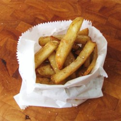 Chip Truck Fries Recipe - These fries are similar to those you can buy on the street sides out of trailer trucks except these are baked instead of deep fried.