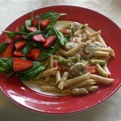 Asparagus, Chicken, and Pecan Pasta
