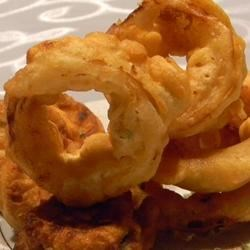 Beer Battered Fried Vegetables Recipe - Double dipping is the trick to these golden and delicious fried veggies. The first dipping is in an egg/milk batter, the second in a beer/flour concoction. Then they 're deep fried in vegetable oil. Serves six.
