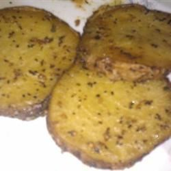 Roasted Yams Recipe - Roasted, thinly sliced yams or potato of your choice, quickly adds a yummy side-dish to your meal.  Best when served with chicken, steak, or a mild fish.