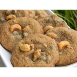 Chunks Recipe - This cookie has whole cashews and chunks of chocolate.