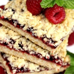 Delicious Raspberry Oatmeal Cookie Bars photo by sweetserenade ...