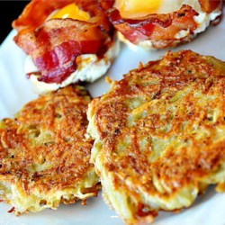 Emily's Famous Hash Browns Recipe and Video - Good old fashioned restaurant-style hash browns. Perfect with hot pepper sauce and ketchup!
