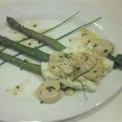 asparagus chive mashed potatoes with scallops
