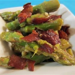 Asparagus and Pancetta Salad Recipe - This is a fantastic and simple salad using fresh asparagus.  You can use it as a first course or an appetizer with great success.  The pancetta can be replaced with bacon if it is not available in your area.