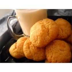 Potato Flake Cookies Recipe - Don't let the title fool you; this recipe for potato flake cookies produces a quick-and-easy, super-moist cookie that's always a hit!
