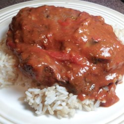 My Mom's Swiss Steak Recipe - This is so easy and all done in one pot! It is delicious and everyone including kids will love it! This recipe is tried and true, impossible to fail! It can also be doubled or tripled without problems, but lower the heat on the second and third batch when browning, as not to burn.