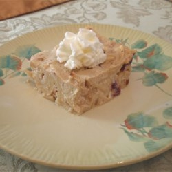 Harvest Noodle Pudding - Fruit Kugel Recipe - Apple and pear chunks mingle with tangy cranberries and cinnamon in a luscious custard. This sweet noodle kugel has all the comforting flavors of a harvest pie.