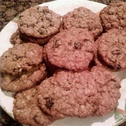 Yummy Oatmeal Raisin Cookies