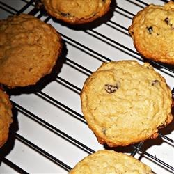 Pioneer Cookies Recipe - These are very delicious and is a type of oatmeal cookie.
