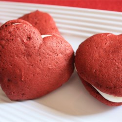 Red Velvet Cookies Recipe - These cookies are just as good as the cake, only on a smaller scale. They melt in your mouth!