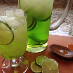 Midori Glow Recipe - Cool looking and refreshing beverage to drink in a club. You'll love the taste and how it glows with the UV lights in the club!