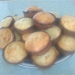 Moist Lemon Poppy Seed Muffins