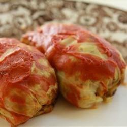 Golumpkis (Cabbage Rolls)