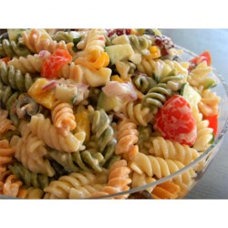 No Mayo Easy Pasta Salad Recipe - This recipe combines cucumber, tomatoes, and pasta with prepared ranch and Italian salad dressing for a quick and easy pasta salad without mayonnaise.
