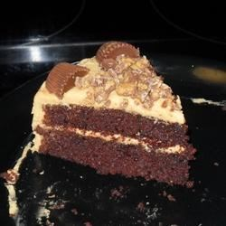 Reeses Peanut Butter Cake Slice