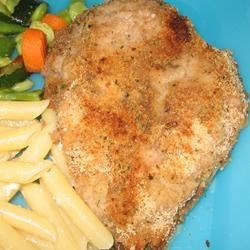 Angela's Easy Breaded Chicken Recipe - In a hurry?  Just drench chicken with premixed salad dressing and coat with bread crumbs, and dinner is 30 minutes away.
