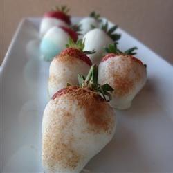 White Chocolate Cinnamon Strawberries