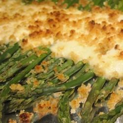 Sour Cream and Horseradish Asparagus Recipe - Serve spring asparagus topped with this lively, easy-to-make horseradish sauce and enjoy the compliments.