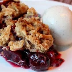 Cherry Pie with Almond Crumb Topping Recipe - This delicious and super easy cherry pie features a crunchy, streusel-like topping.