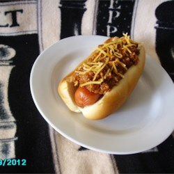 Jeff's Hot Dog Chili Recipe and Video - A simple but flavorful chili designed for serving on a hot dog and bun has just a few ingredients (and no beans). It's ready in about half an hour.