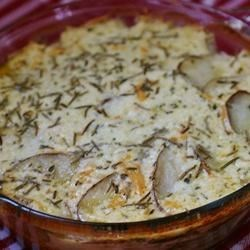 Creamy Rosemary Au Gratin Potatoes