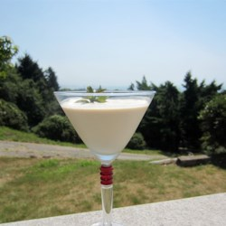 Brandy Alexander Cocktail Recipe - The rich and creamy mixture of brandy and heavy cream make the brandy Alexander a sweet choice for an after-dinner drink.