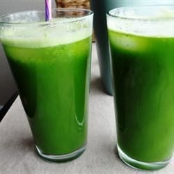 Green Lemonade Recipe - Juicing greens, such as romaine lettuce and kale, give a savory element to this lemonade.
